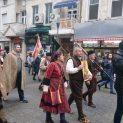 Гайда, тъпан, икона и знамена на чело на занаятчийското шествие (ГАЛЕРИЯ)