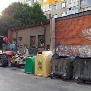 """Камионите на ОП """"Чистота"""" ще минават с предимство през КПП-та"""
