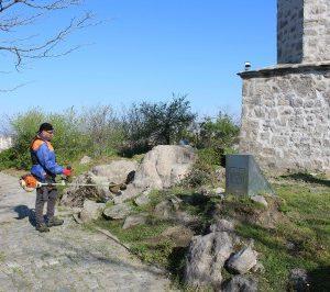 """ОП """"Градини и паркове"""" разчисти пътеките на Дановия хълм"""