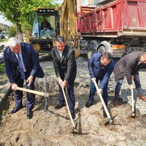 "Стартира реконструкцията на булевард ""Христо Ботев"""